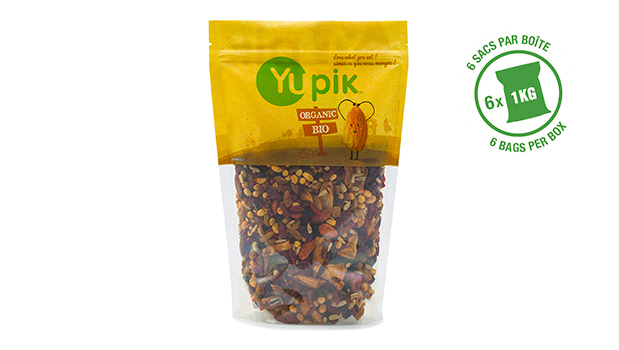 Organic sunflower seeds, organic cranberries (organic cranberries, organic sugar, organic sunflower oil), organic green raisins, organic soybeans (organic soybeans, organic soybean oil), organic pineapples, organic soya almonds (organic almonds, soya sauce (water, organic soy beans, salt, organic alcohol (to preserve the freshness))), organic goji berries, organic blueberries (organic blueberries, organic cane sugar, organic sunflower oil).