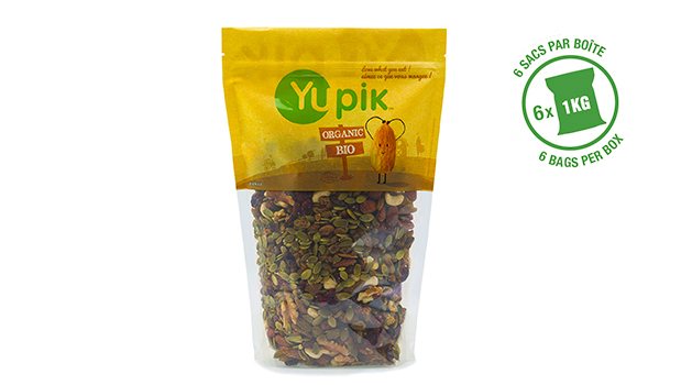 Organic cranberries, organic green raisins, organic pumpkin seeds, organic cashews, organic almonds, organic mulberries, organic walnuts, organic cherries, organic sugar, soya sauce (water, organic soy beans, salt, organic alcohol (preserve the freshness)), organic sunflower oil (less than 1%).