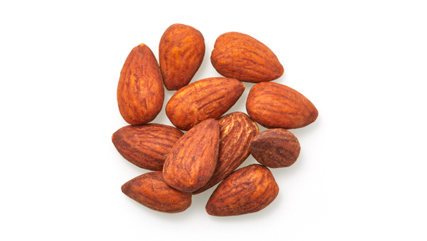 Almonds, natural soy sauce(water, soya beans, wheat, sea salt).