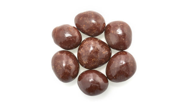 Chocolate (contains: sugar, chocolate liquor, alkalized chocolate liquor, cocoa butter, milk fat, soya lecithine ) emulsifier, vanillin (artificial aroma), dates, dextrose or rice flour, confectioner's glaze, arabic gum.