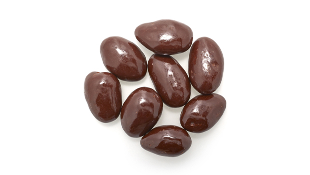 Organic dark chocolate (organic cocoa liquor, organic cane sugar, organic cocoa butter, organic natural cocoa powder), organic almonds, confectioners glaze, natural arabic gum.