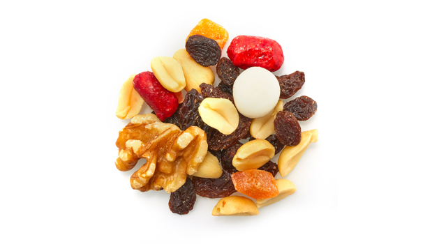 Dried raisins (raisin, vegetable oil), blanched peanuts (peanuts, non-hydrogenated canola oil), papaya (papaya, cane sugar, citric acid, calcium chloride, sulfur dioxide, artificial colors [tartrazine and sunset yellow FCF]), sugar peanuts (peanuts, sugar, arabic gum, color, vegetable oil), walnuts, yogurt raisins  [yogurt (sugar, modified hydrogenated palm oil, skim milk powder, yogurt powder, color, soya lecithin, salt, vanilla), raisins (sultana raisin, vegetable oil), confectionary glaze (ethanol, shellac, acetylated monoglycerides, ethyl acetate), water, acacia gum.], almonds.