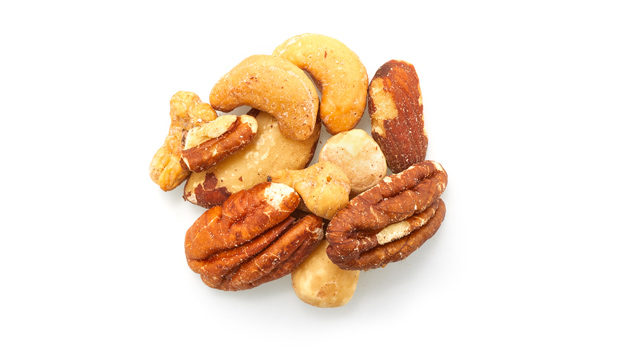 Brazil nuts, almonds, cashews, filberts, pecans, non-hydrogenated canola oil, salt.