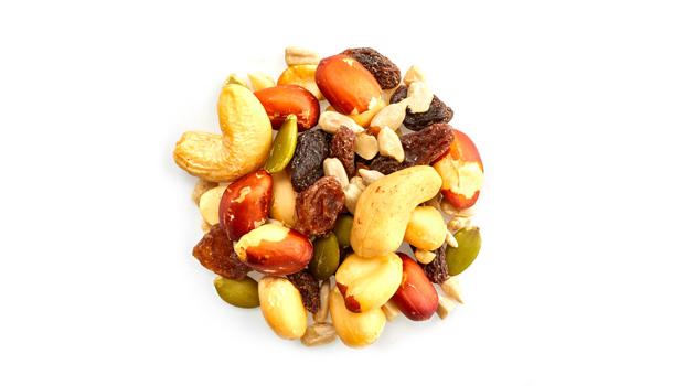 Raisins, peanuts, sunflower seeds, cashew nuts, pumpkin seeds, non GMO canola oil, vegetable oil.