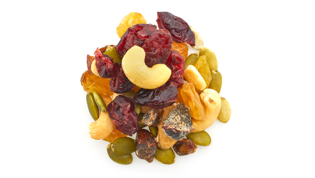 Raisin, dates, cashews, pumpkin, cranberries, vegetable oil (including non-hydrogenated canola oil, sunflower oil), sugar, dextrose or rice flour, sulphites.