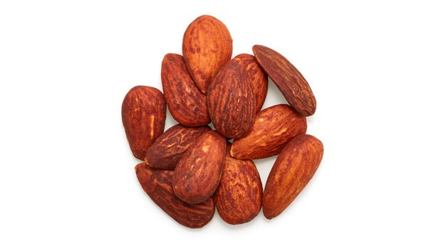 Organic almonds, soya sauce [water, organic soy beans (soy), sea salt, organic alcohol (preserve the freshness)].