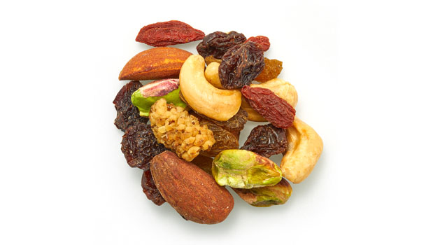 *Dried flame raisins, *green raisins, *dried mulberries, *dry roasted cashew, *dried goji berries, *dry roasted almonds, *pistachio kernels. * Organic.