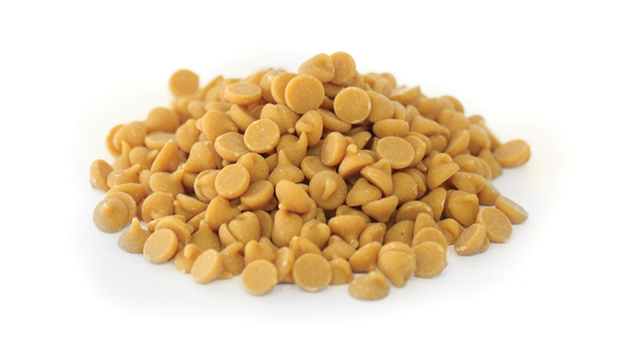Partially defatted peanuts; sugar; partially hydrogenated vegetable oil (palm kernel and soybean oil); corn syrup solids; dextrose; reduced minerals whey (milk); contains 2% or less of: salt; vanillin, artificial flavor; soy lecithin.