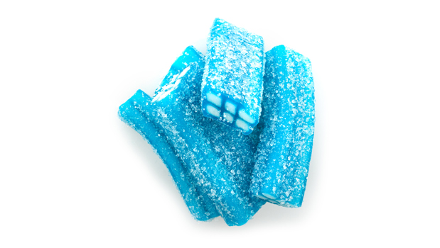 Sugar, glucose-fructose syrup, wheat flour, modified corn starch, citric acid, malic acid, palm oil, water, potato starch, sorbitol syrup, glycerol, gelatin, flavor, sodium citrate, mono- and di-glycerides of fatty acids, brilliant blue FCF.