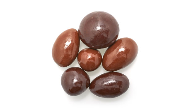 Chocolate coating (maltitol, cocoa butter, chocolate liquor, sodium caseinate [milk], anhydrous milk fat, soy lecithin [an emulsifier], natural flavor, vanilla, salt),