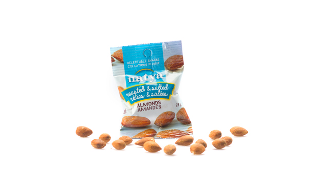 Almonds, non-hydrogenated canola oil, salt.